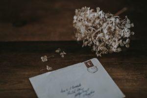 5 bonnes raisons d'avoir un journal intime - blog maud-art-therapeute Sein et marne